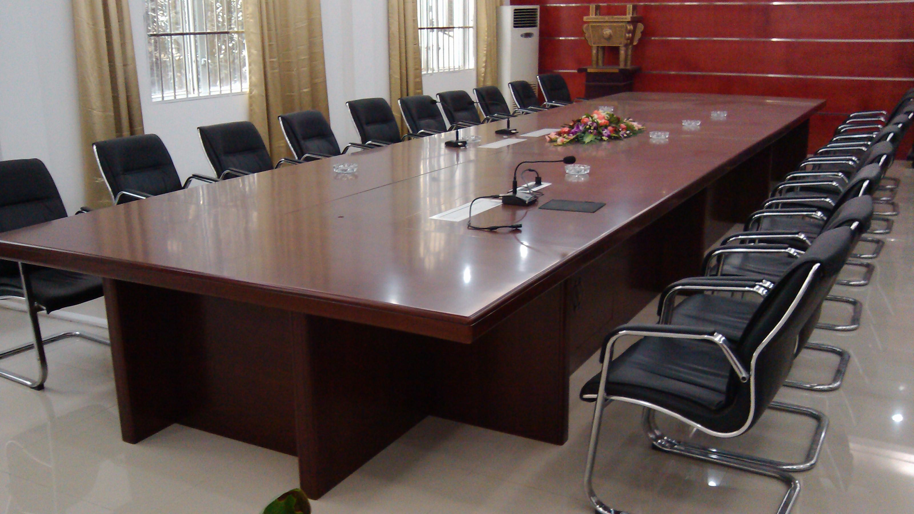 中建三局一公司会议室图片